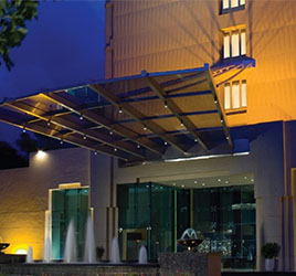 Vivanta Blue Diamond, Pune